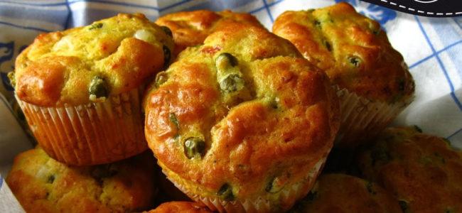 Muffin salati piselli e prosciutto
